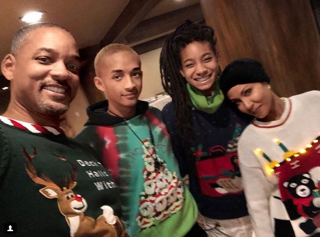 will smith family at christmas1