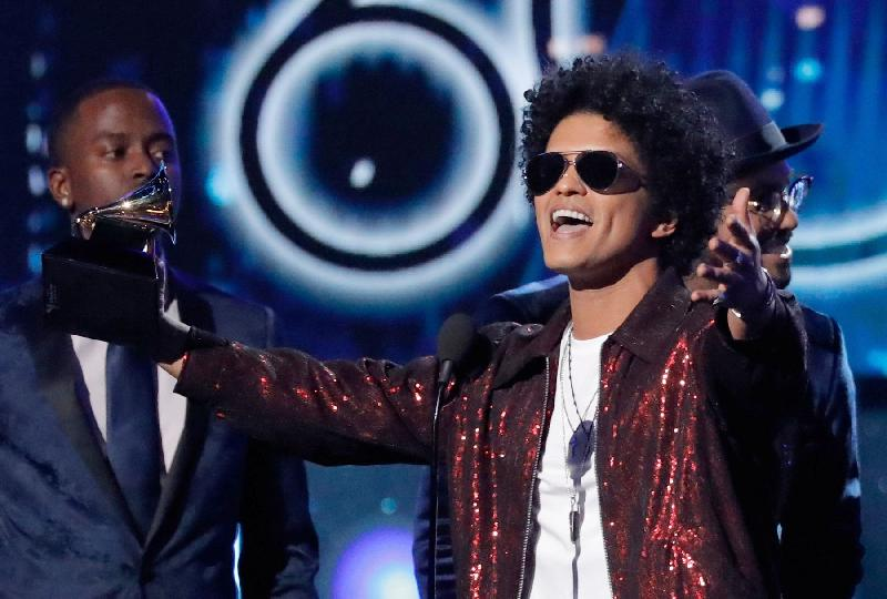 Bruno Mars - grammy win