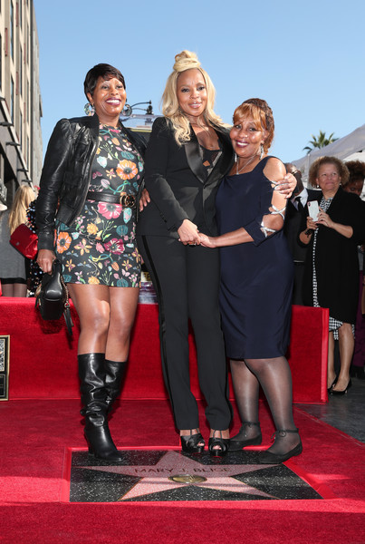Mary J. Blige (C) and family attend the ceremony honoring Mary J. Blige with a Star on The Hollywood Walk of Fame on on January 11, 2018 in Hollywood, California.