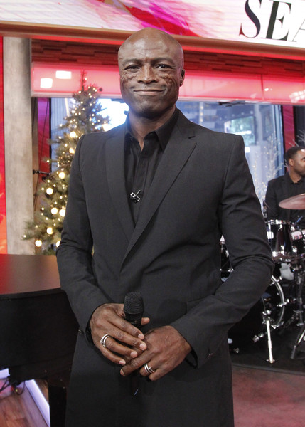 """GOOD MORNING AMERICA - Seal performs live on """"Good Morning America,"""" Tuesday, December 5, 2017, airing on the ABC Television Network. .(Photo by Lou Rocco/ABC via Getty Images) .SEAL"""