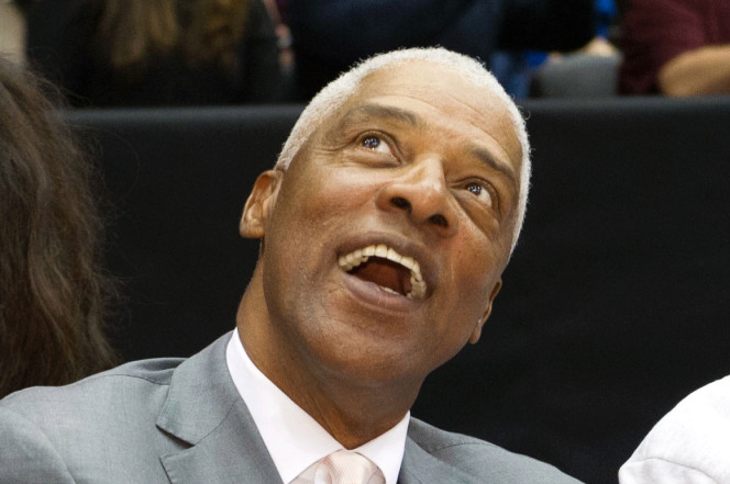 Julius Erving released from hospital day after falling ill at 76ers game