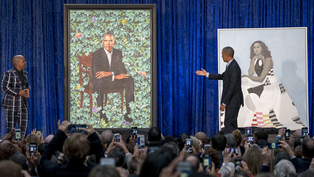 Barack & Michelle Obama Attend Unveiling of Their ...