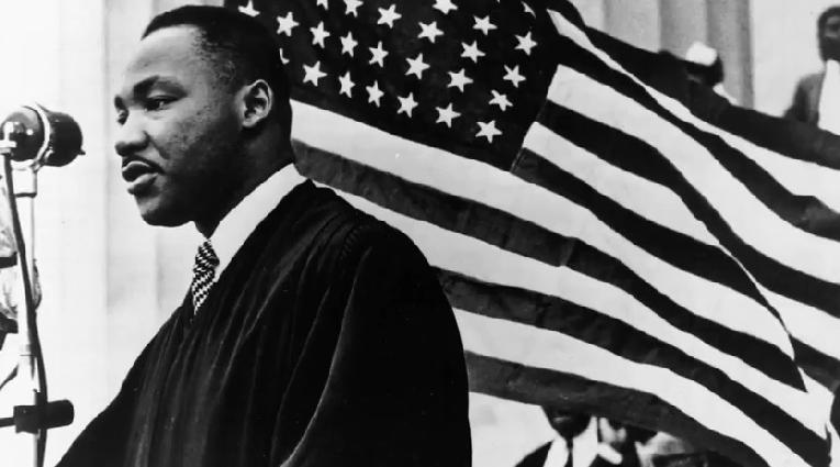 martin luther king jr - flag in bgrd