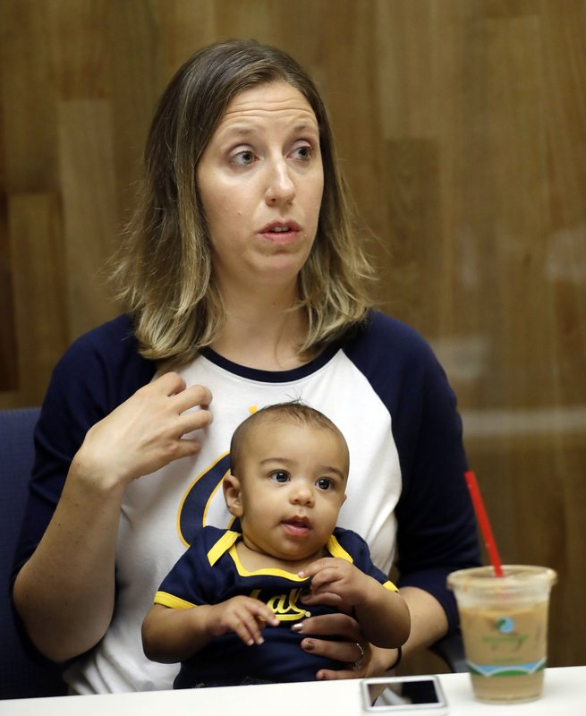 Cal women's basketball coach Lindsay Gottlieb and her son