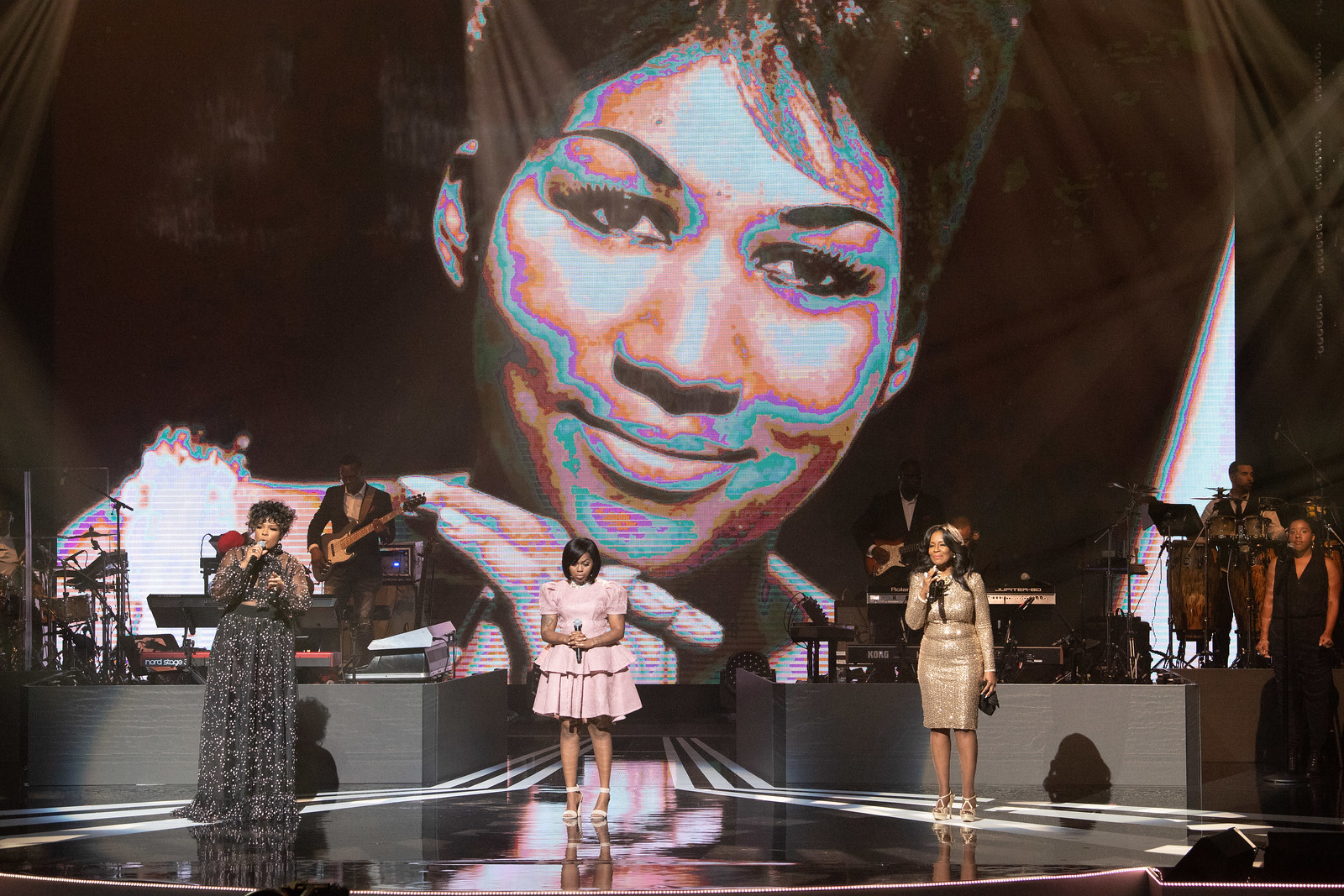(L-R): Syleena Johnson, Paris Bennett and Angela Winbush perform a tribute to Aretha Franklin at the 3rd Annual Black Music Honors in Nashville, TN (Aug. 16, 2018)