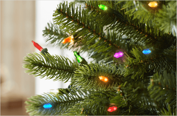 Why Minneapolis' Black Community Gifted A Christmas Tree