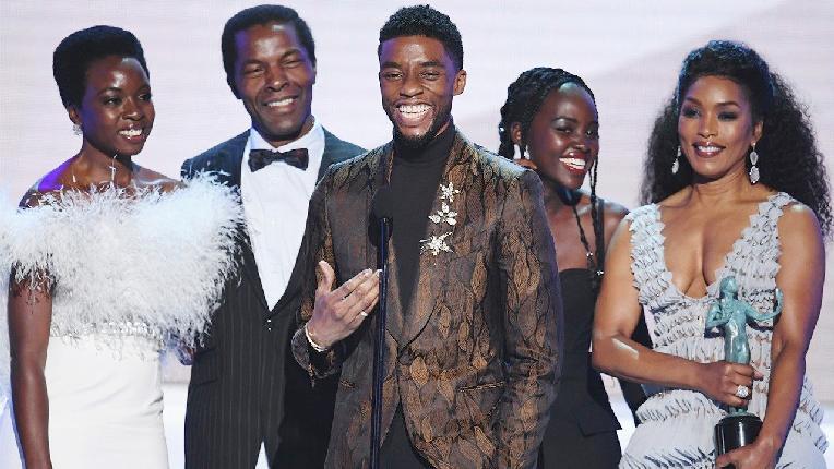 black panther cast - winners at 2019 sag awards