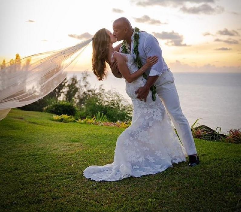Dwayne The Rock Johnson_tied_the_knot_with Lauren Hashian (Instagram1)