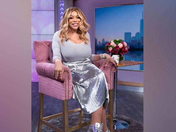 wendy williams - silver dress - sneakers