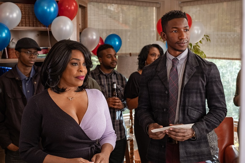 Niecy Nash and Mamoudou Athie