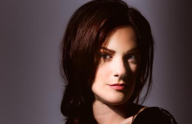 Lindsey Webster (head)