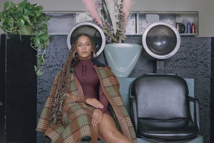 Beyonce - hair dryer