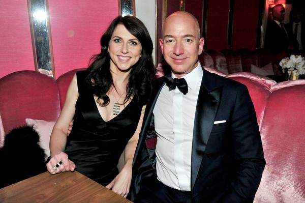 Mackenzie+Bezos+Amazon+Studios+Oscar+After+fCXT5NN7L_Jl