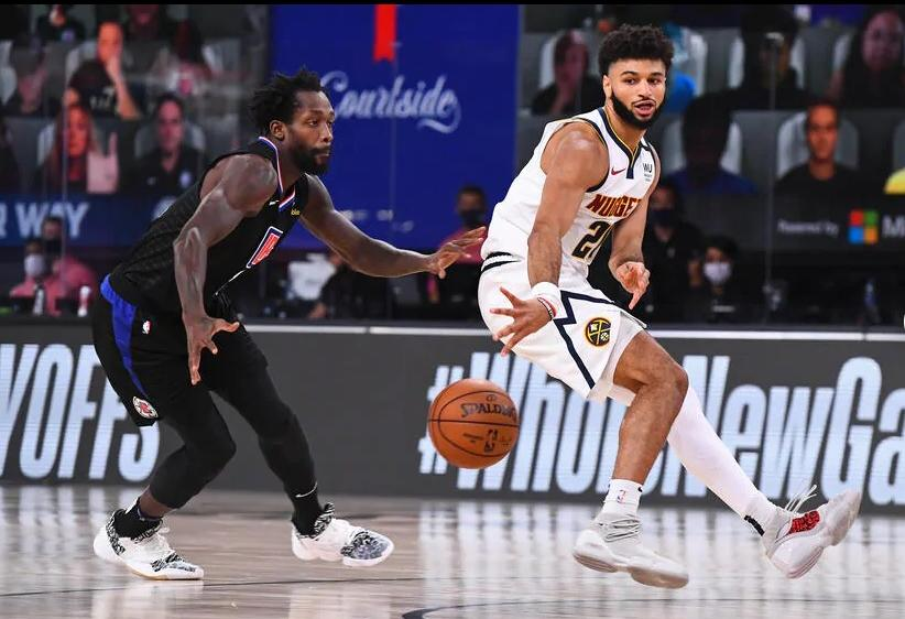 Jamal Murray (Nuggets) passes ball in game 7 against clippers (Getty)