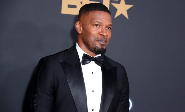 Jamie+Foxx+BET+Presents+51st+NAACP+Image+Awards+WChXzWFDn16l (1)
