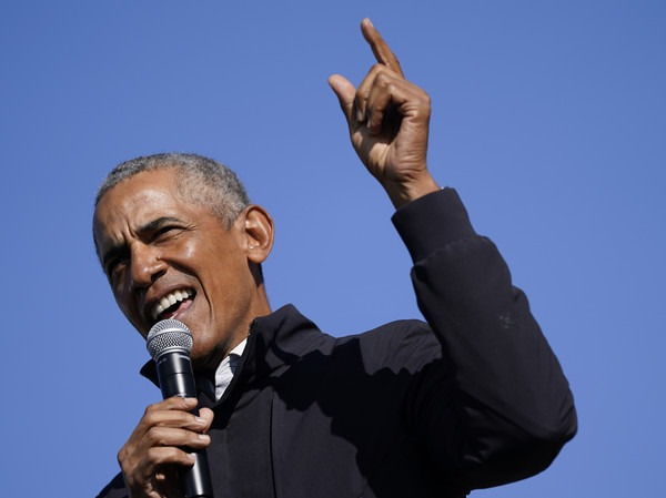 Barack+Obama+Barack+Obama+Campaigns+Joe+Biden+cgHsK5W3g--l (1)
