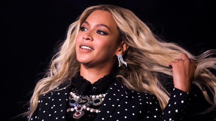 Beyonce - 105268788-GettyImages-621520818