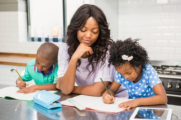 Black mom with-her-children-in-kitchen