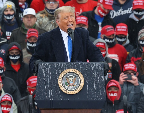 Donald+Trump+Donald+Trump+Campaigns+Election+uZvI7hboOrDl