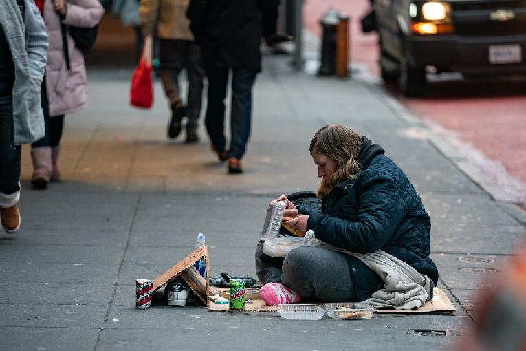 Homelessness sidewalk - GettyImages_1187715445