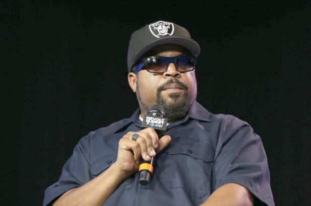 Ice Cube (with mic - Getty)
