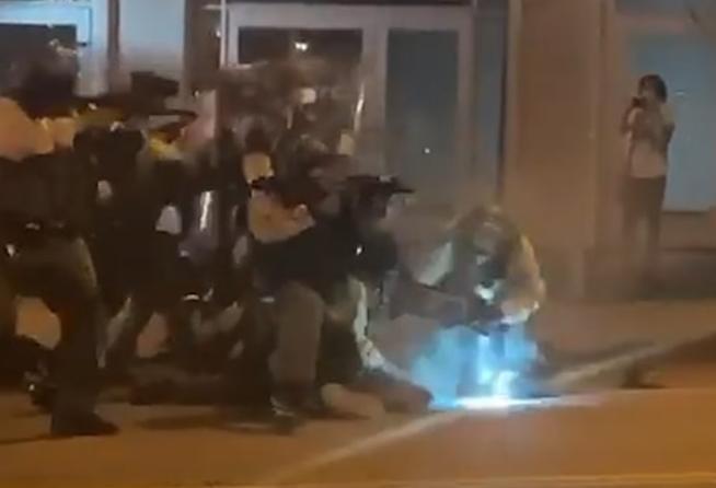 LA Sheriffs beating protestor
