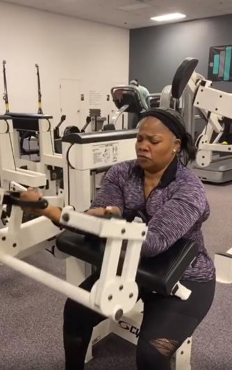 MoNique working Out1