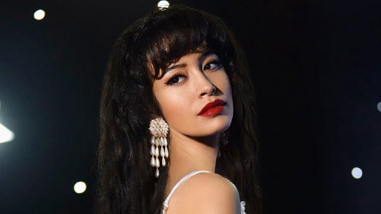 Selena The Series star (screen shot)