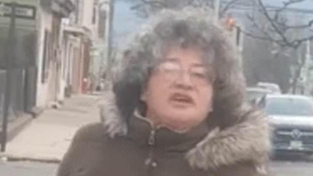 Claudia Emanuele1