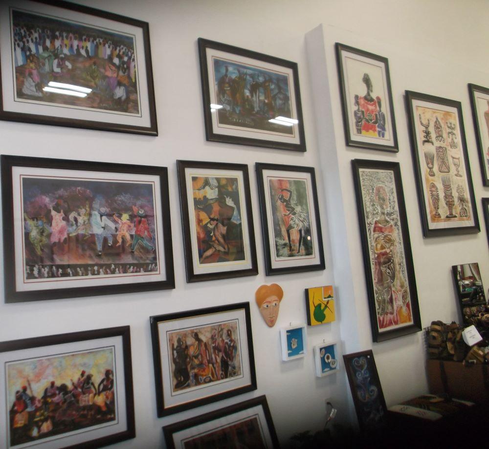 Aziz Gallery Display