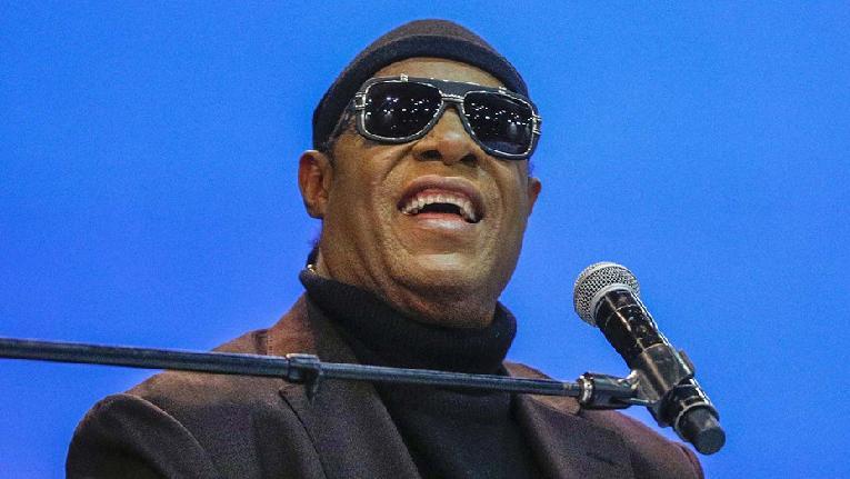 Stevie Wonder - GettyImages-1179923871-H-2020-1602613693-928x523