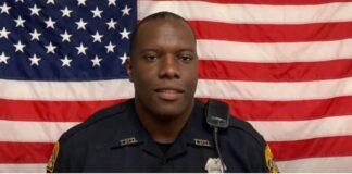 Officer Delvin White - screenshot