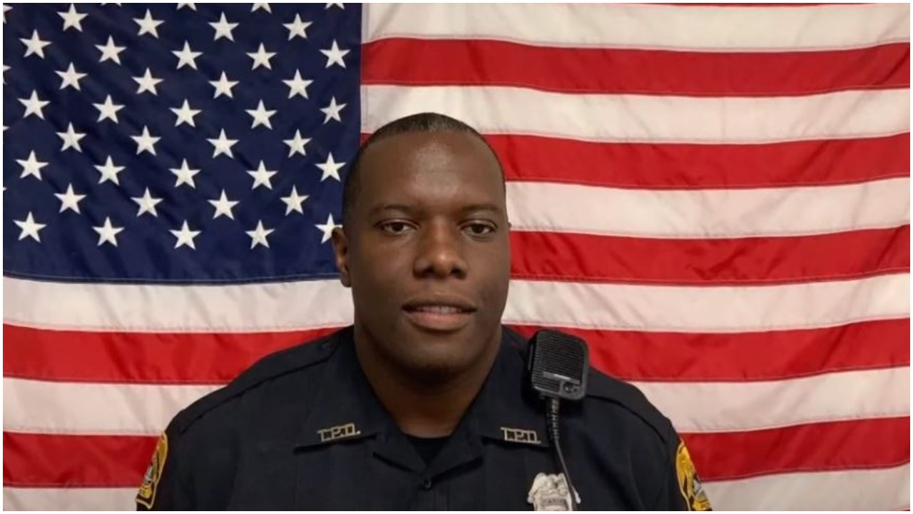 Officer Delvin White