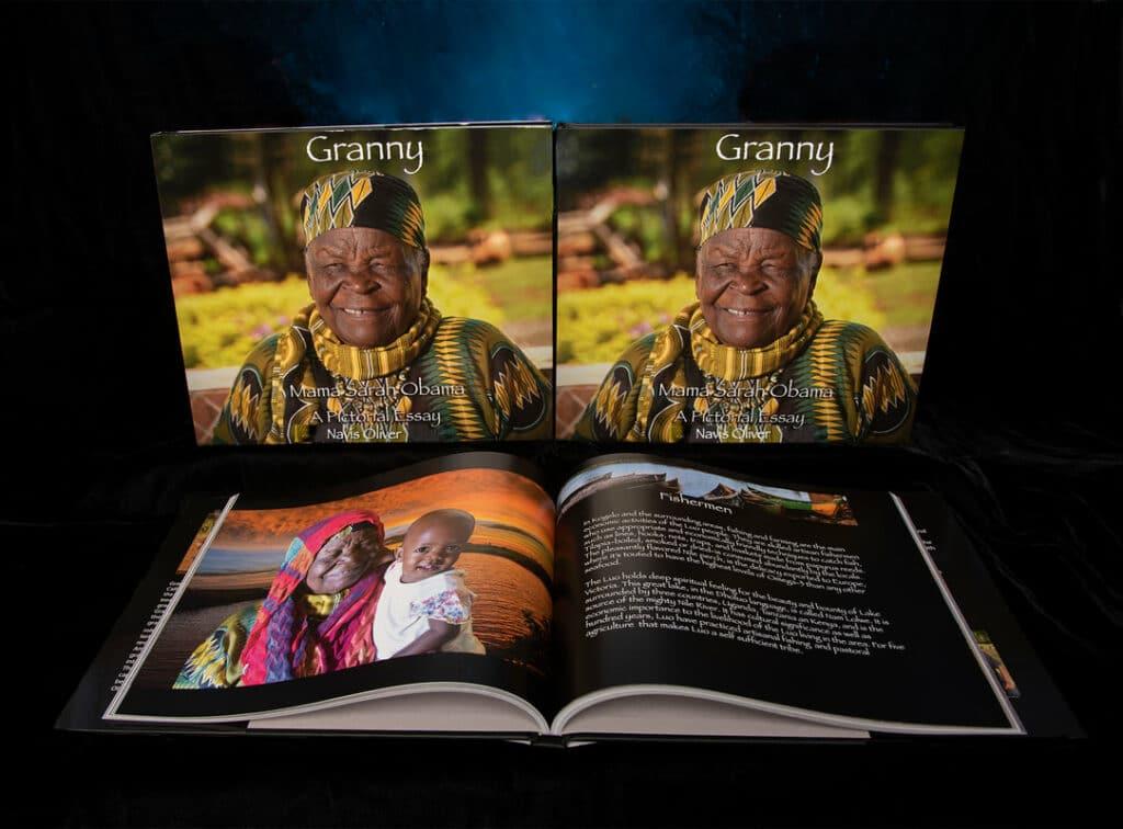 NavisOliver_MamaSarahObama_TableBook2