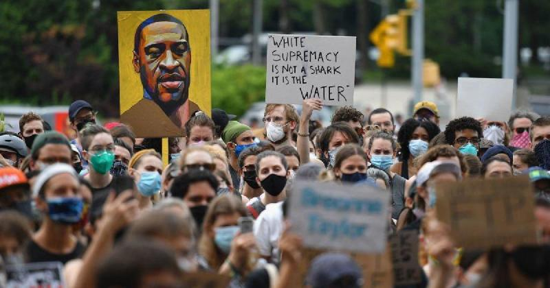 George Floyd protests - Gettyimages-1217781042