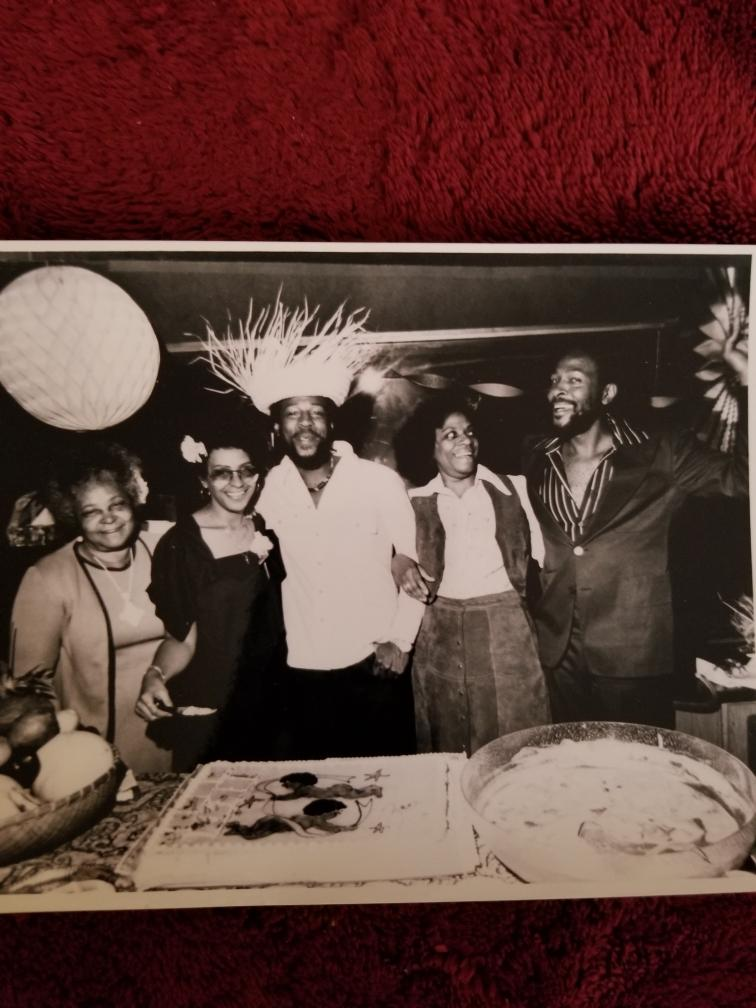 Marvin Gaye and family in studio - Resized_20210330_151135