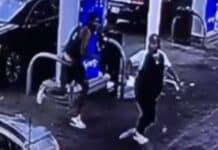 Detroit man gets chain snatched