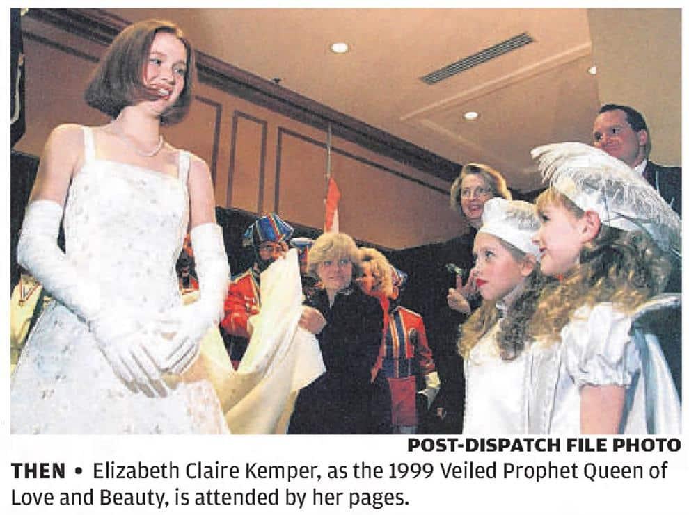 Ellie Kemper - 1999 Veiled Profit Queen