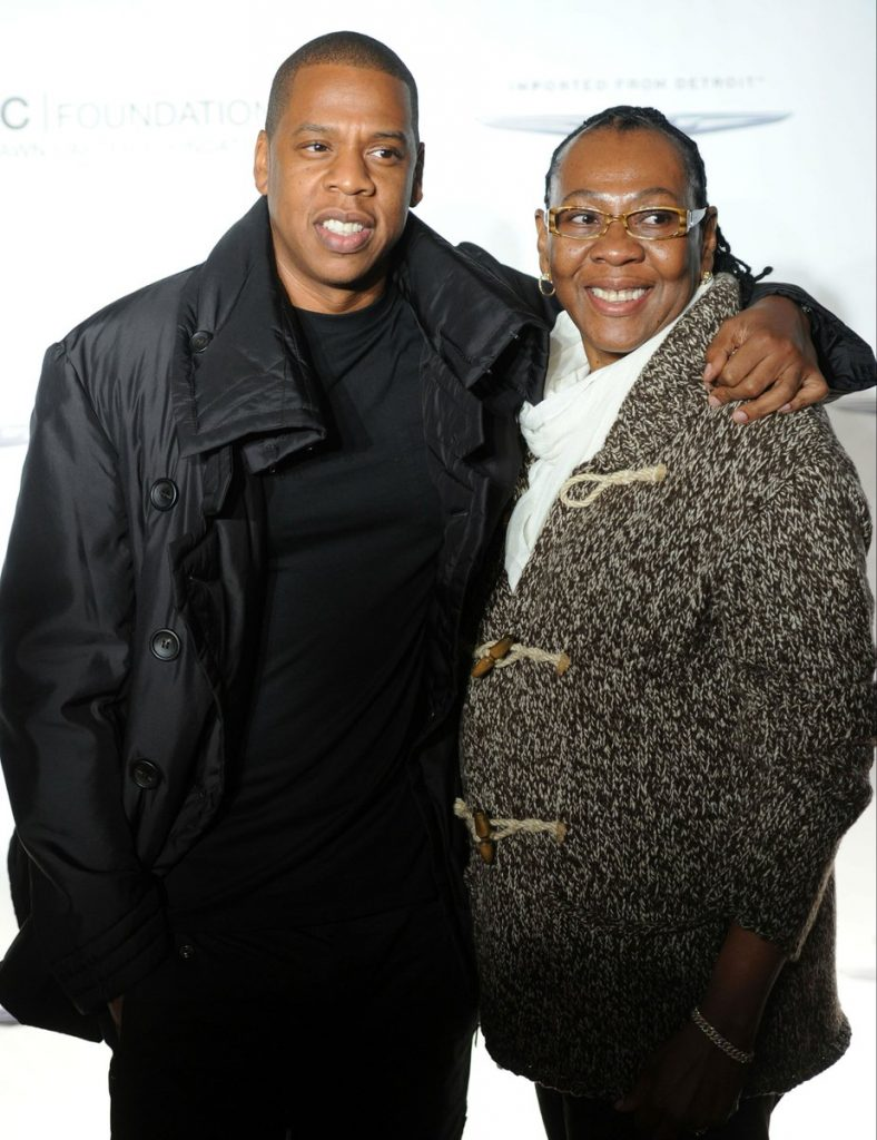 Jay-Z-and-his-mother-Gloria-Carter-788x1024