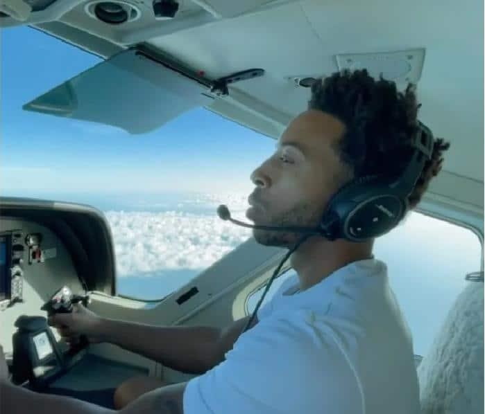 Ludacris flying plane (Instagram)