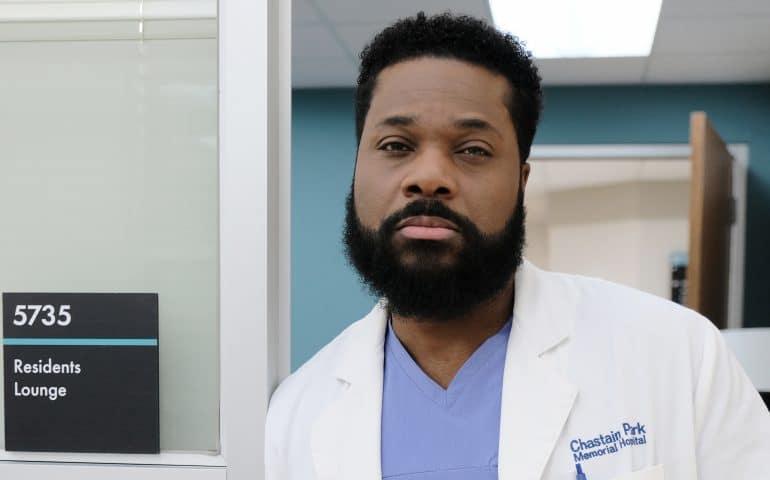 Malcolm Jamal Warner-as-Dr.-AJ-Austin-The-Resident-FOX