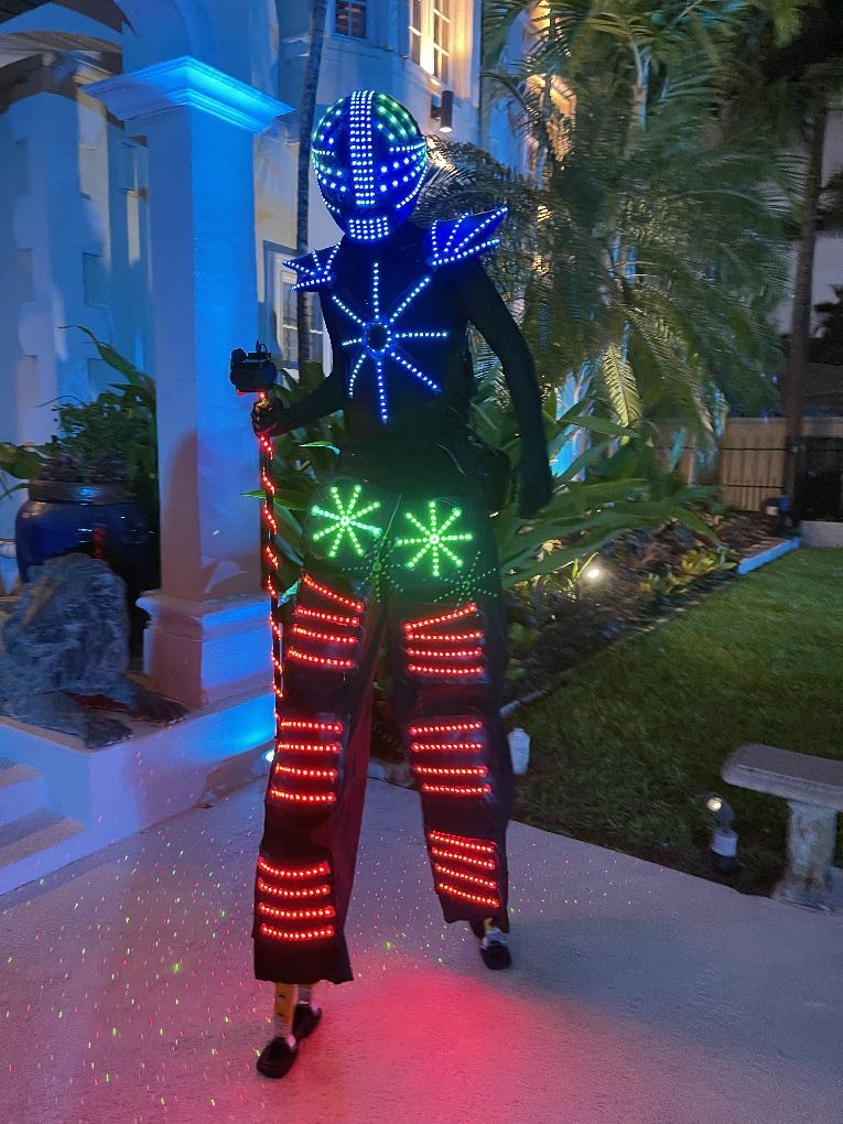 Robot at the Ball