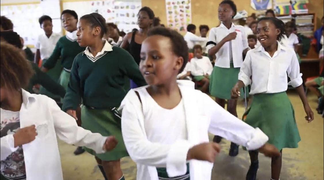 Uniforms children dancing