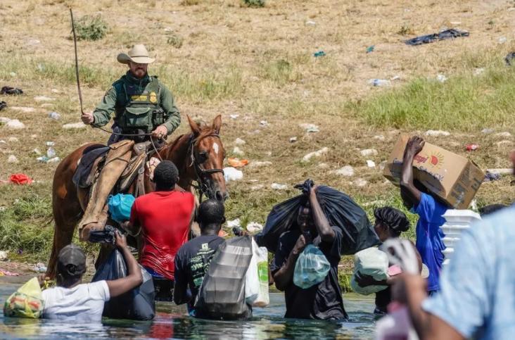 Haitian Migrants - Horse Patrols