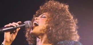 Whitney Houston'